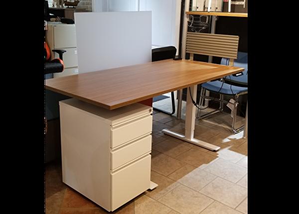 liquidation de Mobilier de bureau Poste Table ajustable